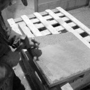 Lavorazione della pietra piasentina